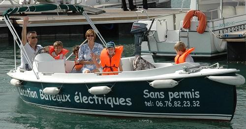 family-outing-nantes-boat-trip-nantes-ruban-vert