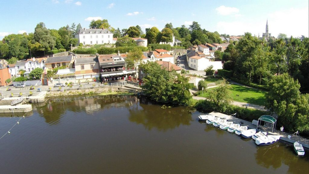 vertou-chaussee-moines-sevre-nantaise-boat-cruise