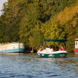 Une sortie scolaire en bateau